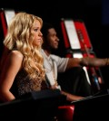 Usher-Shakira On The Voice