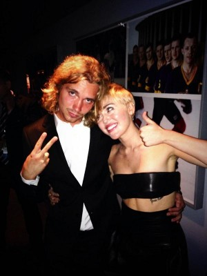 Miley Cyrus at the Video Music Awards (via Twitter)