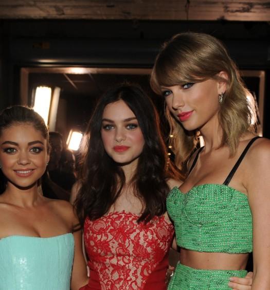 Taylor Swift with Sarah Hyland and Odeya Rush