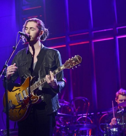 "Hozier performs on ""SNL"""