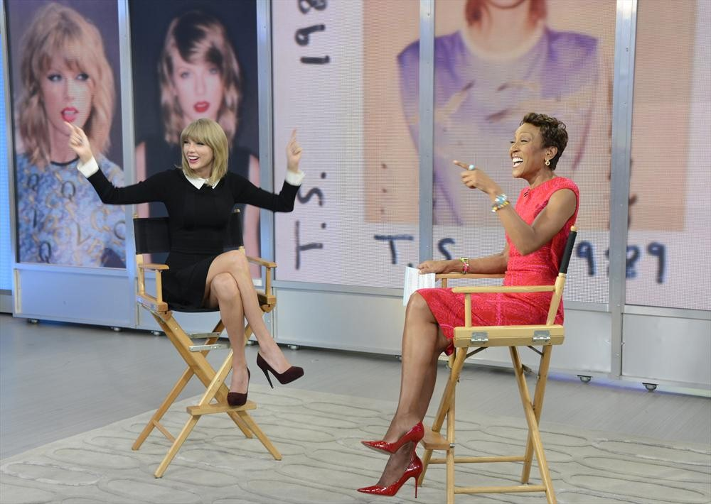 Good Morning America Home Invasion Interview : Taylor swift s quot style video debuts before good morning