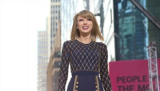 "Taylor Swift's ""1989"" Wins Sales Race with 326K, Becomes #1 for 2014 (Updated)"