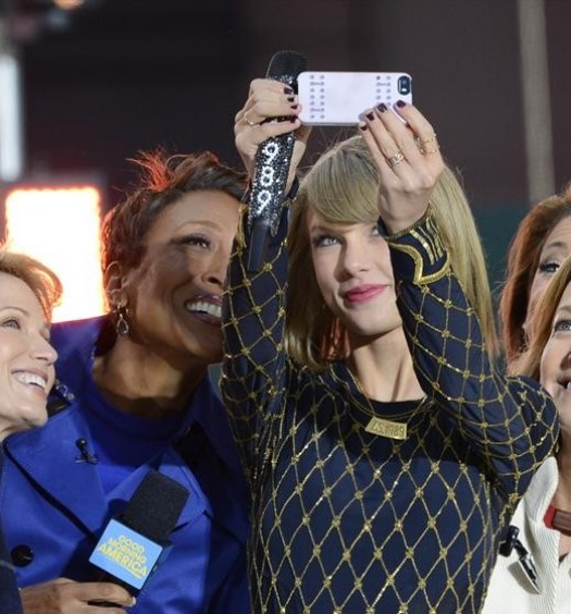 AMY ROBACH, ROBIN ROBERTS, TAYLOR SWIFT, GINGER ZEE, LARA SPENCER