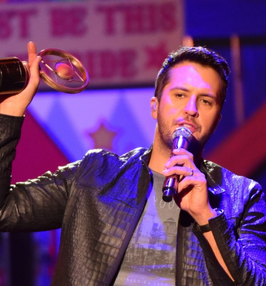 Luke Bryan - ACCAs/FOX