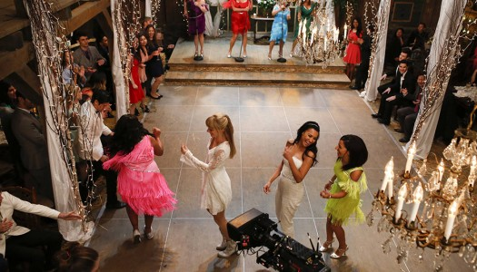 "Backstage Look: Brittany, Santana Get Married on ""Glee"""