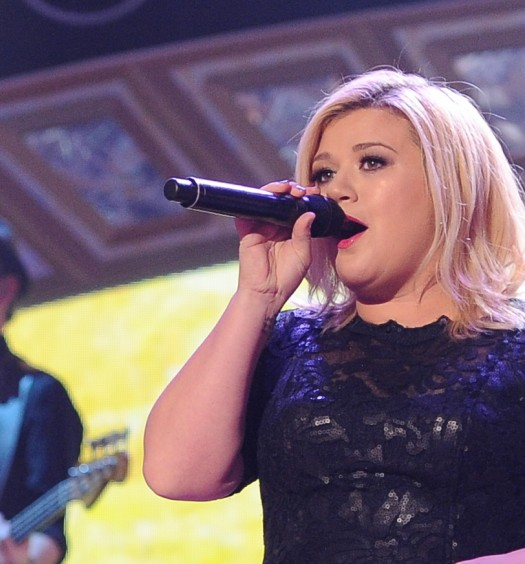 Kelly Clarkson ACCA