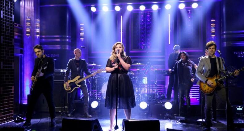 Kelly Clarkson (NBC)