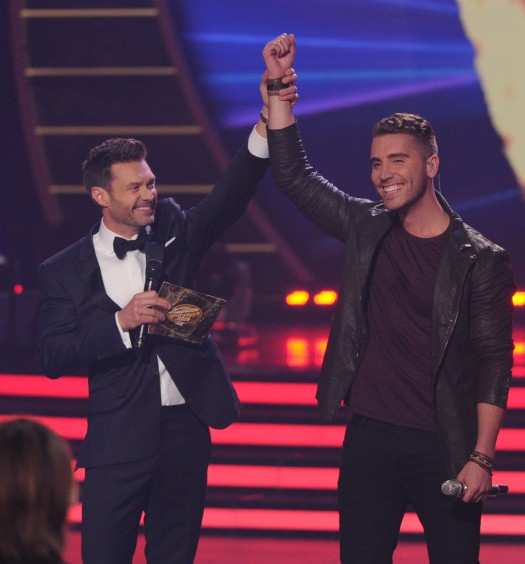 Ryan Seacrest & Nick Fradiani [Cr: FOX]