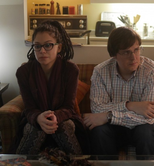 Cosima (TATIANA MASLANY) and Scott (JOSH VOKEY)