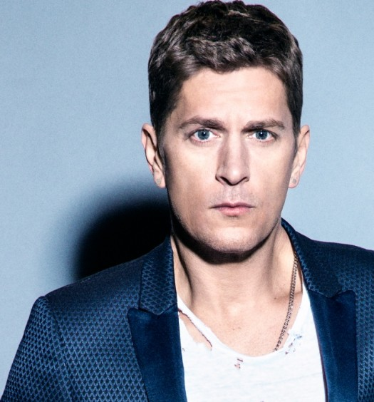 Rob Thomas [Cr: Atlantic]