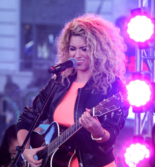 Tori Kelly [ABC]
