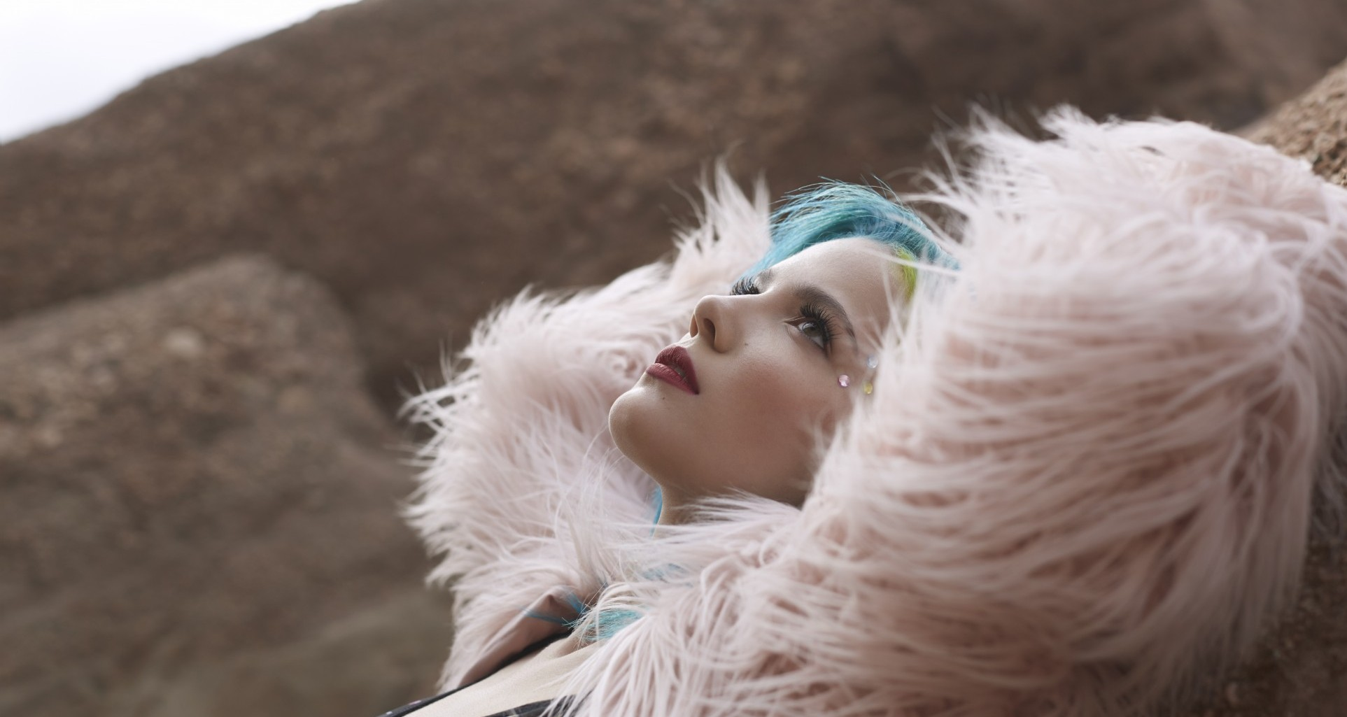 Halsey Scheduled To Perform On CBS Late Show With