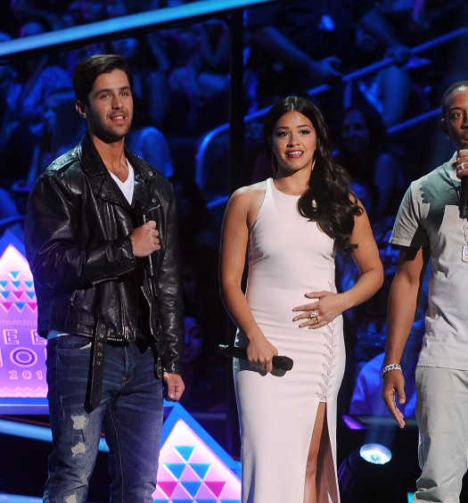 Teen Choice Hosts