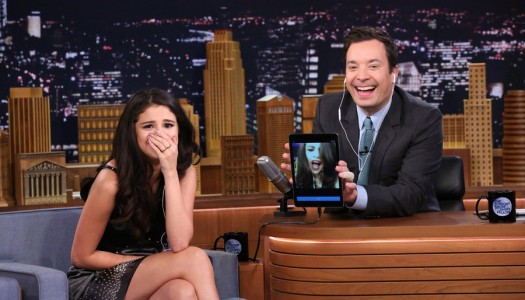 "Selena Gomez' ""Same Old Love"" Leading Adele's ""Hello"" At Pop Radio"