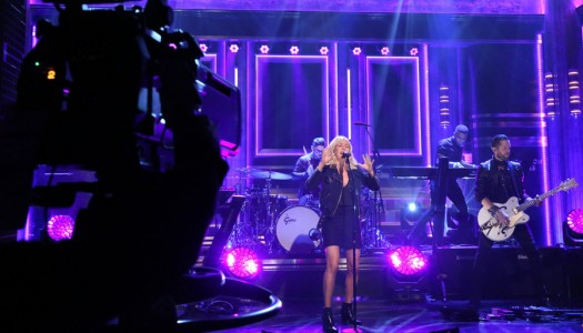 """Ellie Goulding Performs """"On My Mind"""" on Jimmy Fallon's """"Tonight Show"""" (Watch Now)"""