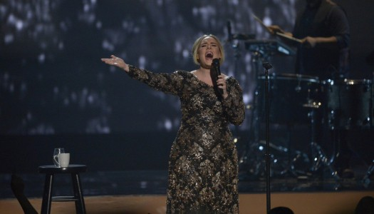 "Report: Adele's ""25"" Sells Another ~787K, Wins Fourth Straight Sales Race"