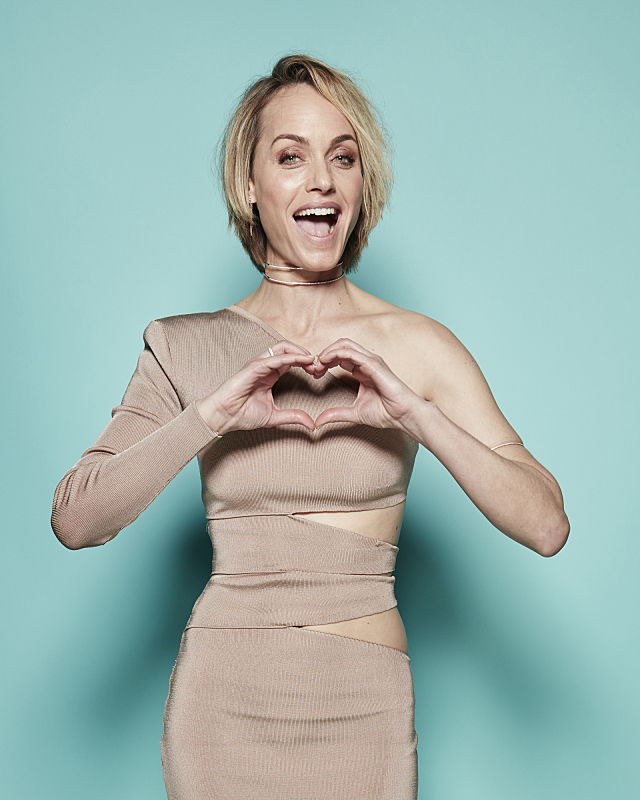 Amber Valletta visits the CBS Photo Booth during the PEOPLE'S CHOICE ...