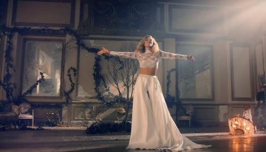 "Hot 100: Rachel Platten's ""Stand By You,"" Luke Bryan's ""Home Alone Tonight"" Enter Top 40"