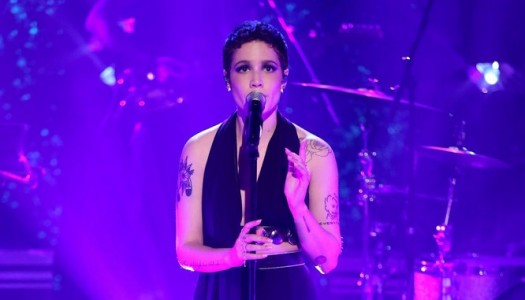 """Halsey Sang Colors On NBC's """"Tonight Show Starring Jimmy Fallon"""" (Watch Now)"""