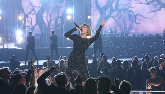 "Taylor Swift's ""Out Of The Woods"" Reaches Platinum Status in the United States"