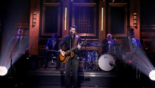 "Thomas Rhett Performs ""Die A Happy Man"" On Fallon's ""Tonight Show"" (Watch Now)"