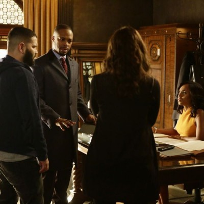 "SCANDAL – ""The Fish Rots From the Head"" :: THURSDAY MARCH 10 (9:00-10:00 p.m. EST) on the ABC Television Network. (ABC/Nicole Wilder) GUILLERMO DIAZ, CORNELIUS SMITH JR., KERRY WASHINGTON"