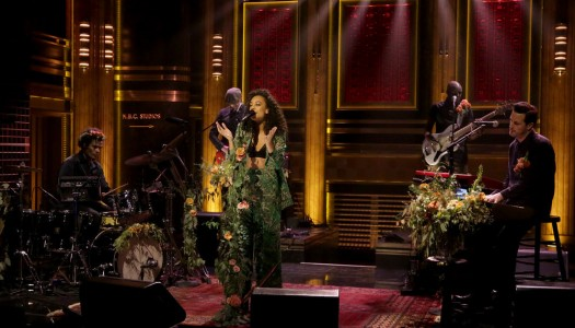 "Corinne Bailey Rae Performs ""Green Aphrodisiac"" On Fallon's ""Tonight Show"" (Watch Now)"