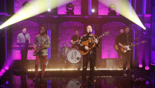 """Mike Posner Performs """"I Took A Pill In Ibiza"""" On """"Late Night With Seth Meyers"""" (Watch Now)"""