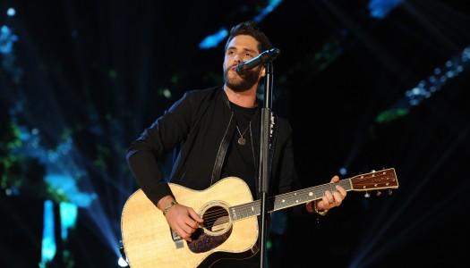 """T-Shirt"" Becomes Thomas Rhett's Sixth Straight #1 at Country Radio"