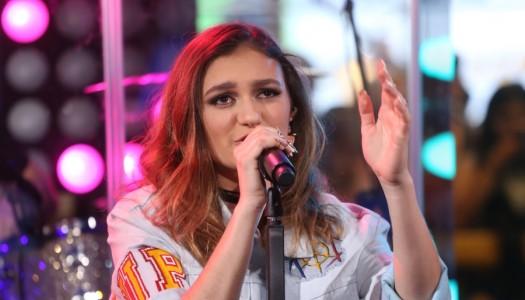 "Daya's ""Sit Still, Look Pretty"" Trending Top 10 At Pop Radio"