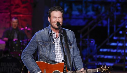 Blake Shelton Scheduled To Perform At People's Choice Awards