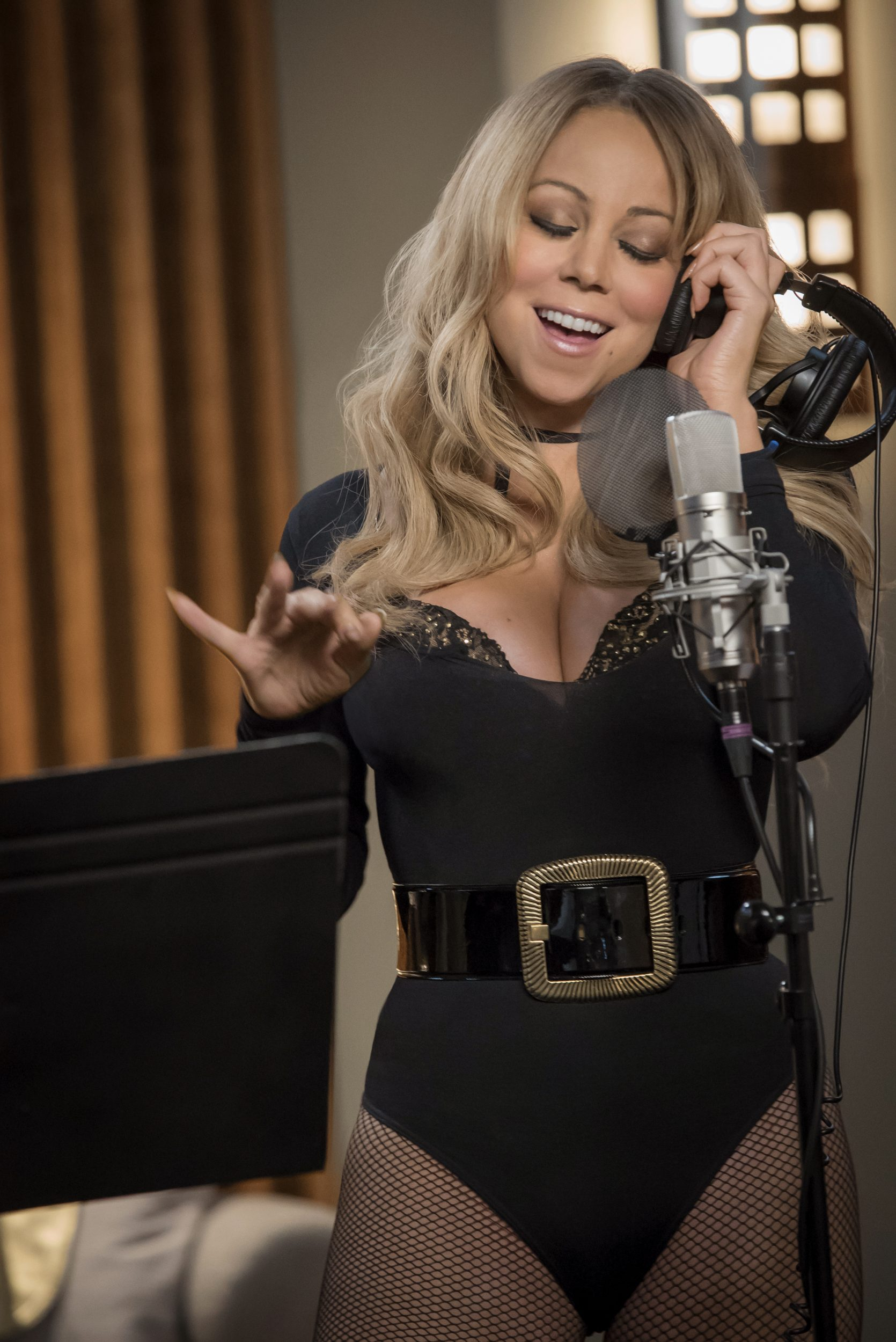 """EMPIRE: Guest star Mariah Carey in the """"What Remains is Bestial"""" episode of EMPIRE airing Wednesday, Oct. 5 (9:00-10:00 PM ET/PT) on FOX. ©2016 Fox Broadcasting Co. CR: Chuck Hodes/FOX"""