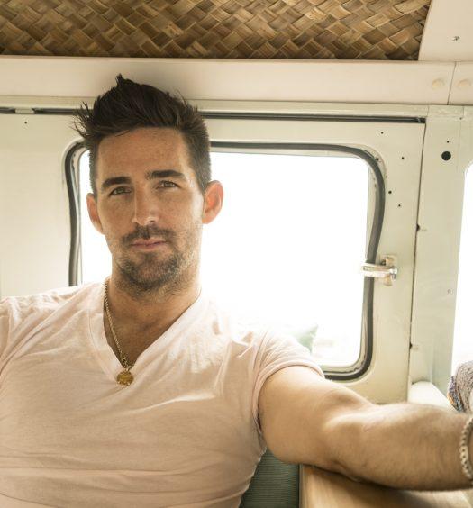 Jake Owen [Joseph Llanes | RCA Nashville Press Photo]