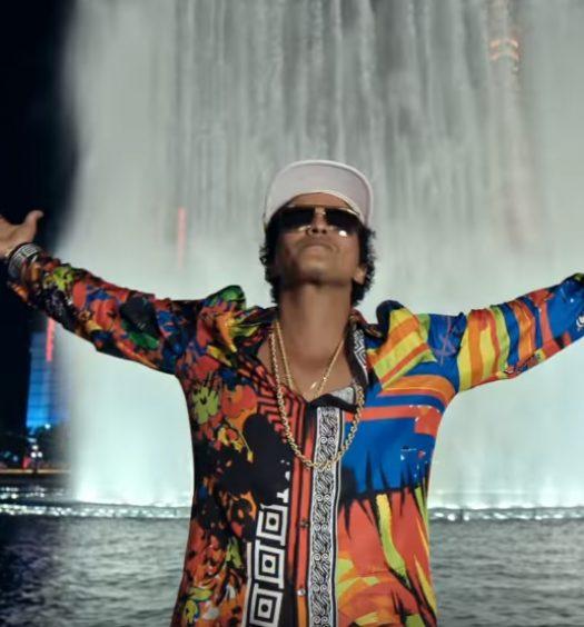 Bruno Mars [24K Magic Video | Atlantic]