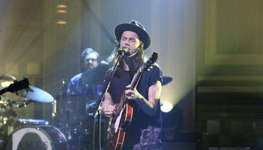 "James Bay Performs ""Hold Back The River"" On Jimmy Fallon's ""Tonight Show"" (Watch Now)"