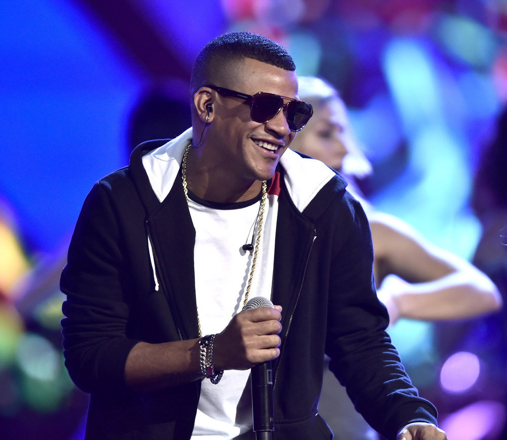 """2016 LATIN AMERICAN MUSIC AWARDS -- """"Rehearsal"""" -- Pictured: Recording artist Randy Malcom Martinez of Gente De Zona rehearses for the 2016 Latin American Music Awards at the Dolby Theater in Los Angeles, CA on October 4, 2016 -- (Photo by: Alberto Rodriguez/Telemundo)"""