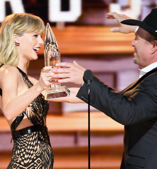 Taylor Swift Garth Brooks [ABC]
