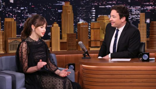 """Felicity Jones Appears, Shows Off Fight Moves On Jimmy Fallon's """"Tonight Show"""""""