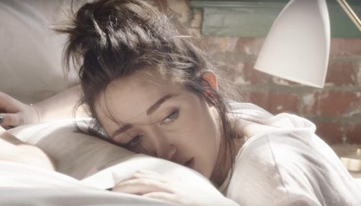"Noah Cyrus' ""Make Me (Cry)"" Enters Top 25 At Pop Radio; Bruno Mars' ""That's What I Like"" Top 30"