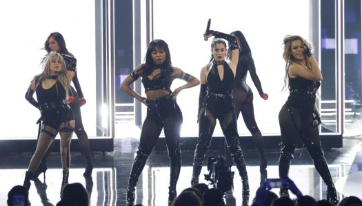 Ratings: 2017 People's Choice Awards Show Falls In Demo, Rises In Viewers
