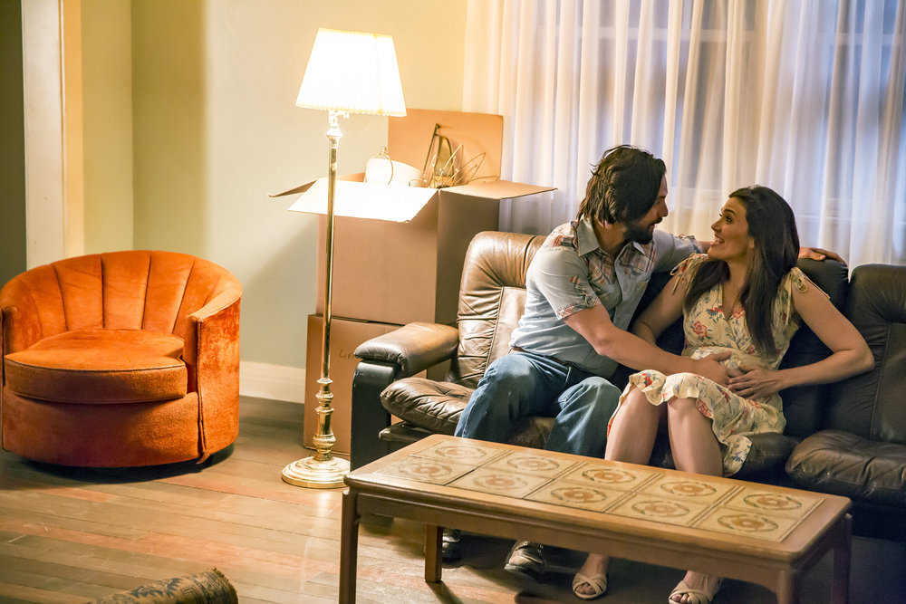 "THIS IS US -- ""The Big Day"" Episode 112 -- Pictured: (l-r) Milo Ventimiglia as Jack, Mandy Moore as Rebecca -- (Photo by: Ron Batzdorff/NBC)"