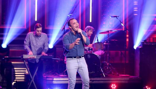 "Future Islands Perform ""Ran"" On ""The Tonight Show Starring Jimmy Fallon"" (Watch Now)"