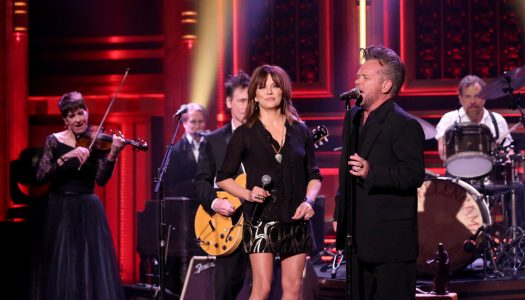 "John Mellencamp & Martina McBride Perform ""Grandview"" On Jimmy Fallon's ""Tonight Show"" (Watch)"