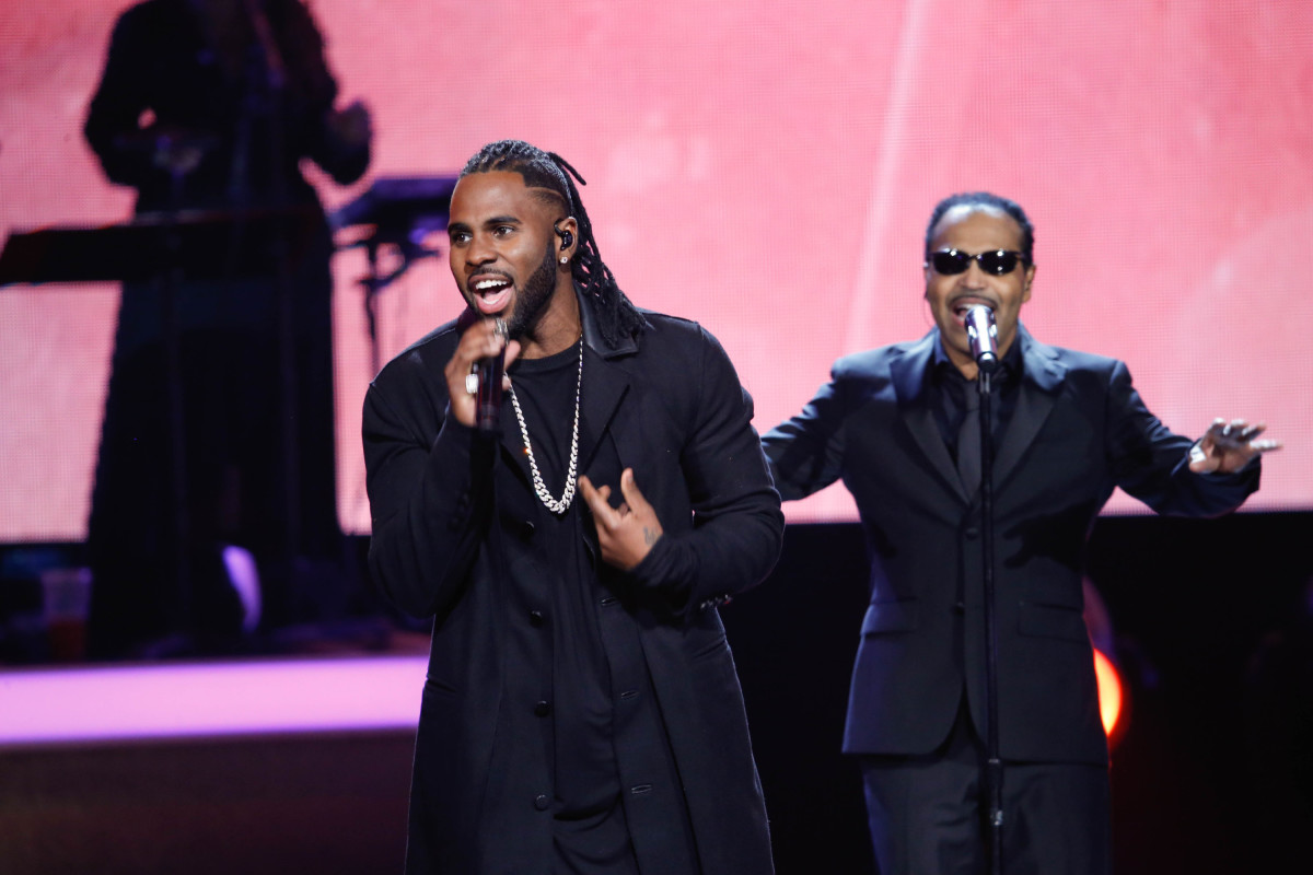 "Music stars Andra Day, Celine Dion, DNCE, Nick Jonas, Tori Kelly, Little Big Town, Demi Lovato, Katharine McPhee, Panic! at the Disco, Pentatonix, Ed Sheeran, Keith Urban, Kelsea Ballerini & Thomas Rhett, Jason Derulo & Tavares, John Legend & Stevie Wonder and Barry Gibb celebrate the Bee Gees' remarkable music catalog on, ""STAYIN' ALIVE: A GRAMMY® SALUTE TO THE MUSIC OF THE BEE GEES,"" Sunday, April, 16 (8:00-10:00 PM, ET/ PT) on the CBS Television Network. Pictured: Tavares and Jason Derulo Photo: Monty Brinton/CBS ©2017 CBS Broadcasting, Inc. All Rights Reserved"