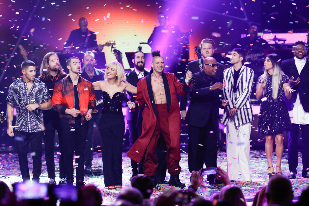 "109847_4145.jpg STAYIN' ALIVE: A GRAMMY® SALUTE TO THE MUSIC OF THE BEE GEES STAYIN' ALIVE: A GRAMMY® SALUTE TO THE MUSIC OF THE BEE GEES 109847_4145.jpg Music stars Andra Day, Celine Dion, DNCE, Nick Jonas, Tori Kelly, Little Big Town, Demi Lovato, Katharine McPhee, Panic! at the Disco, Pentatonix, Ed Sheeran, Keith Urban, Kelsea Ballerini & Thomas Rhett, Jason Derulo & Tavares, John Legend & Stevie Wonder and Barry Gibb celebrate the Bee Gees' remarkable music catalog on, ""STAYIN' ALIVE: A GRAMMY® SALUTE TO THE MUSIC OF THE BEE GEES,"" Sunday, April, 16 (8:00-10:00 PM, ET/ PT) on the CBS Television Network. Pictured L-R: Nick Jonas, DNCE, and Pentatonix Photo: Monty Brinton/CBS ©2017 CBS Broadcasting, Inc. All Rights Reserved"