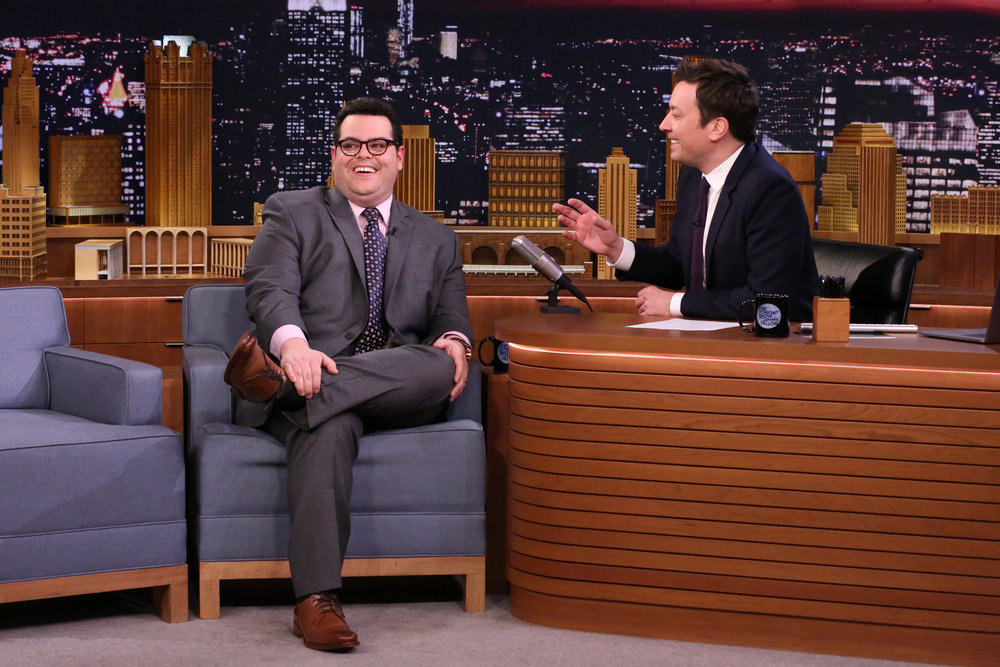 THE TONIGHT SHOW STARRING JIMMY FALLON -- Episode 639 -- Pictured: (l-r) Actor Josh Gad during an interview with host Jimmy Fallon on March 14, 2017 -- (Photo by: Andrew Lipovsky/NBC)