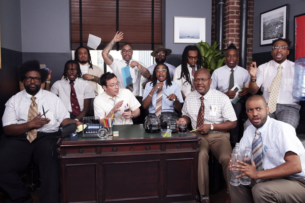 Jimmy Fallon, Migos & The Roots Perform 'Bad Boujee' with Office Supplies