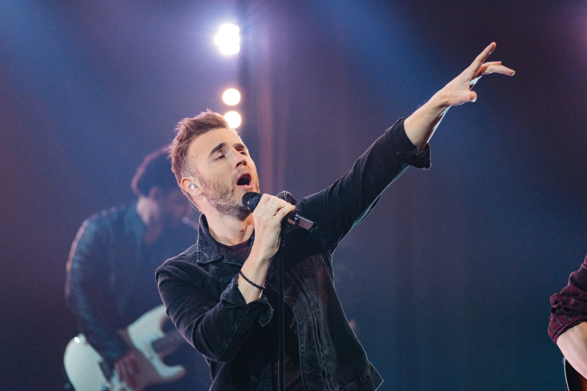 """Musical guest Take That performs during """"The Late Late Show with James Corden,"""" Tuesday, January 24, 2017 (12:35 PM-1:37 AM ET/PT) On The CBS Television Network. Photo: Terence Patrick/CBS ©2017 CBS Broadcasting, Inc. All Rights Reserved"""