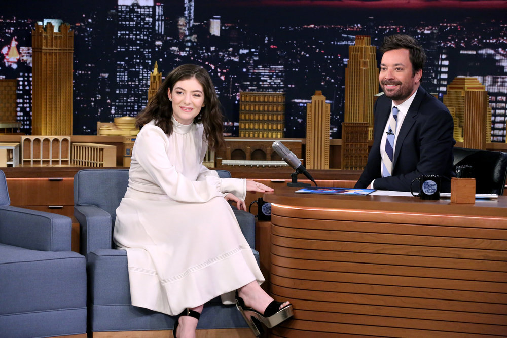 Lorde, Please Don't Stop Instagramming Onion Rings