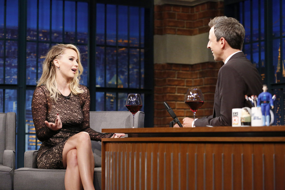 Jennifer Lawrence Recounts Bar Fight With Fan, 'Dousing Him' With Beer